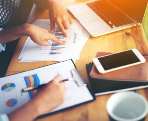 Como Começar Um Negócio do Zero-negócio-empresa-empreendedorismo-nicho-público